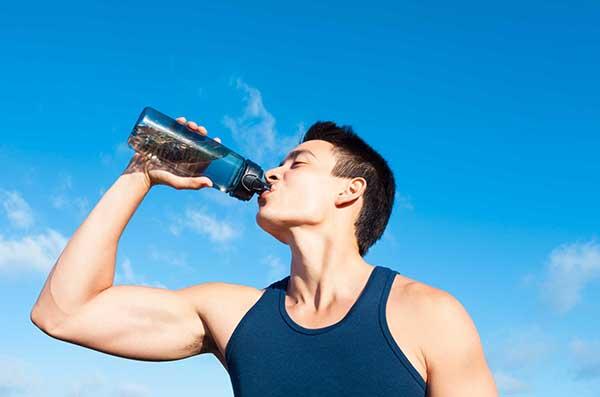 uống nước 1 ngày bao nhiêu là đủ